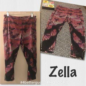 Zella Abstract Bold Print Crop Legging Capri